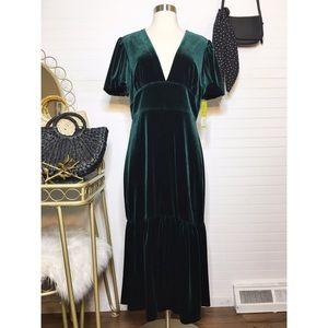 NEW Gianni Bini Velvet Everest Green Midi Dress